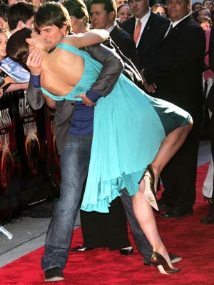 Cruise  Katie Holmes Problems on Tom Cruise And Katie Holmes