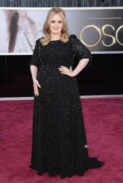 Adele---Oscars-2013--03-560x831