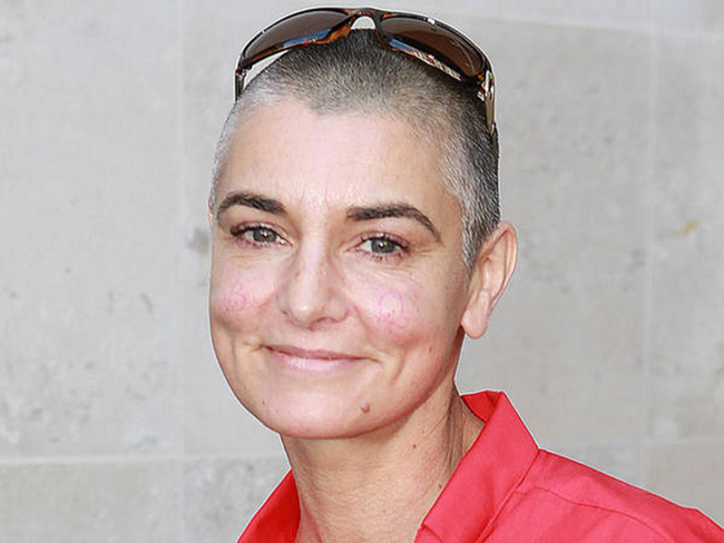 MI-Sinead-O-Connor-pink-shirt-IV-3