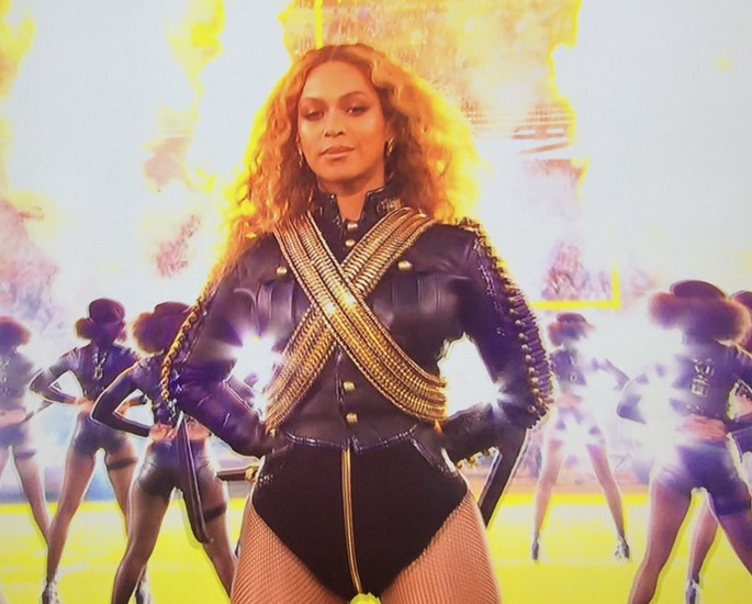beyonce-super-bowl-50-ddotomen