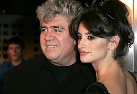 "2004 AFI Film Festival - ""Bad Education"" Premiere - Red Carpet"